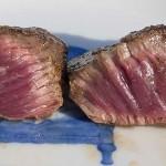 鹿肉の試食会 味や食感、食べ方、臭いの有無を確認