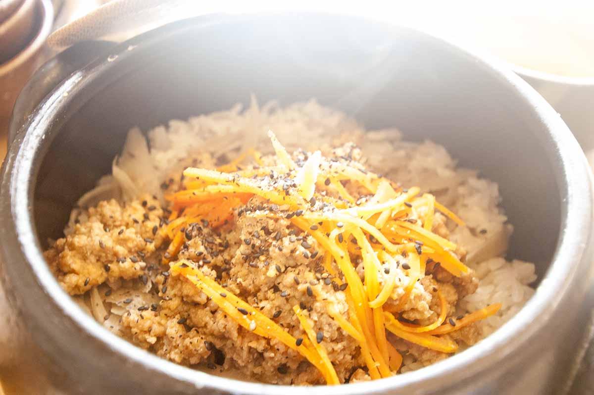 ゴボウと肉味噌のご飯